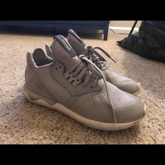 Le adidas tubulare, gray poshmark
